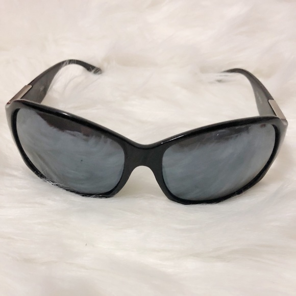 eea866ce78a3 Cool old 90 s vintage sunglasses 😎